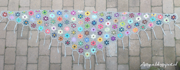 Atty's Catona flower shawl